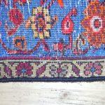 Teppichlöcher
